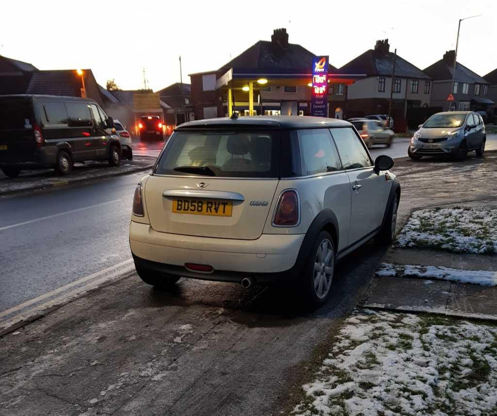 BD58 RVT displaying Inconsiderate Parking