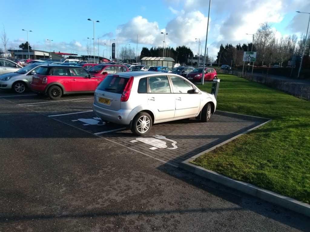 MT57 DMF displaying crap parking