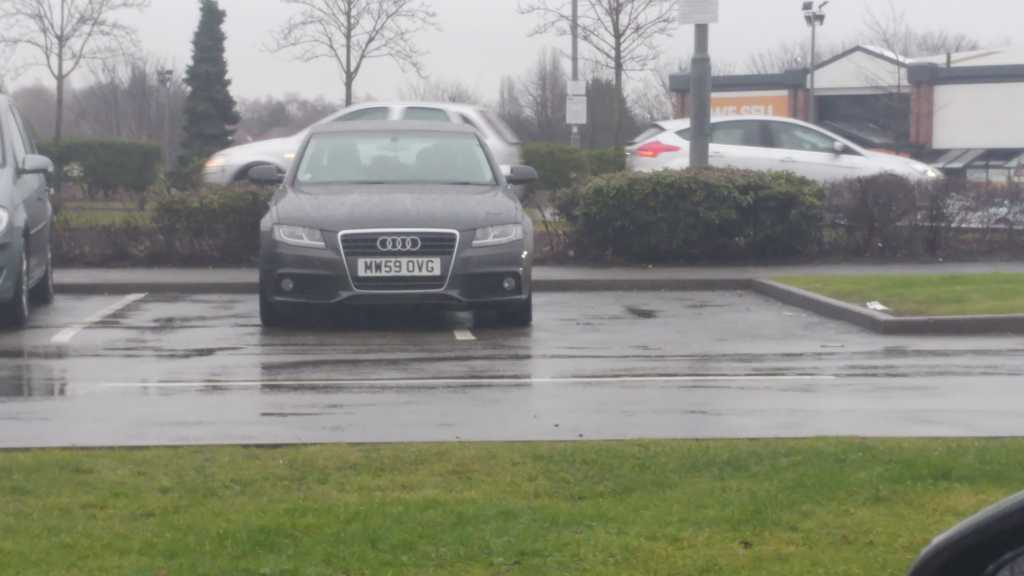 MW59 OVG displaying Inconsiderate Parking