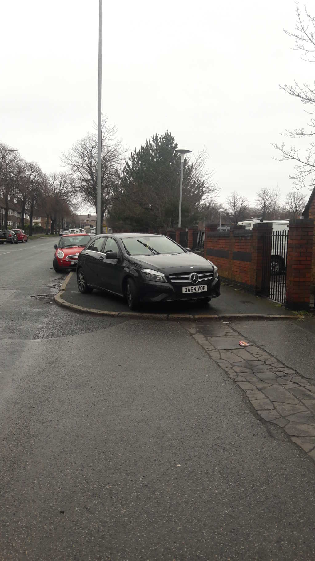 DA64 VOF displaying Inconsiderate Parking