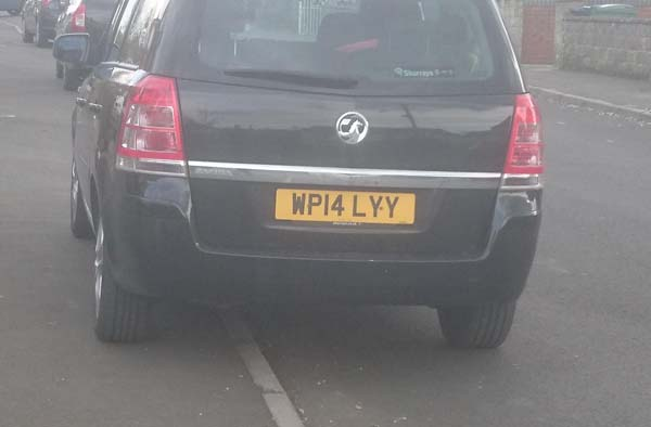 WP14 LYY displaying Selfish Parking