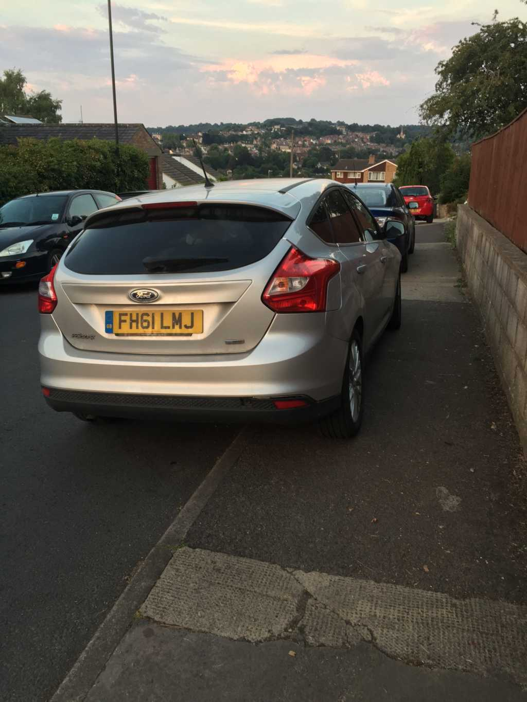 FH61LMJ is an Inconsiderate Parker