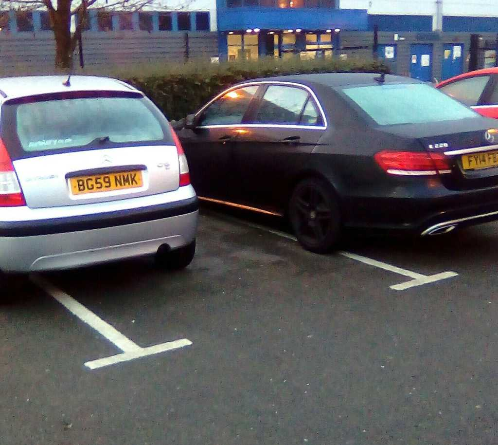 BG59 NMK & FY14 FBZ is an Inconsiderate Parker