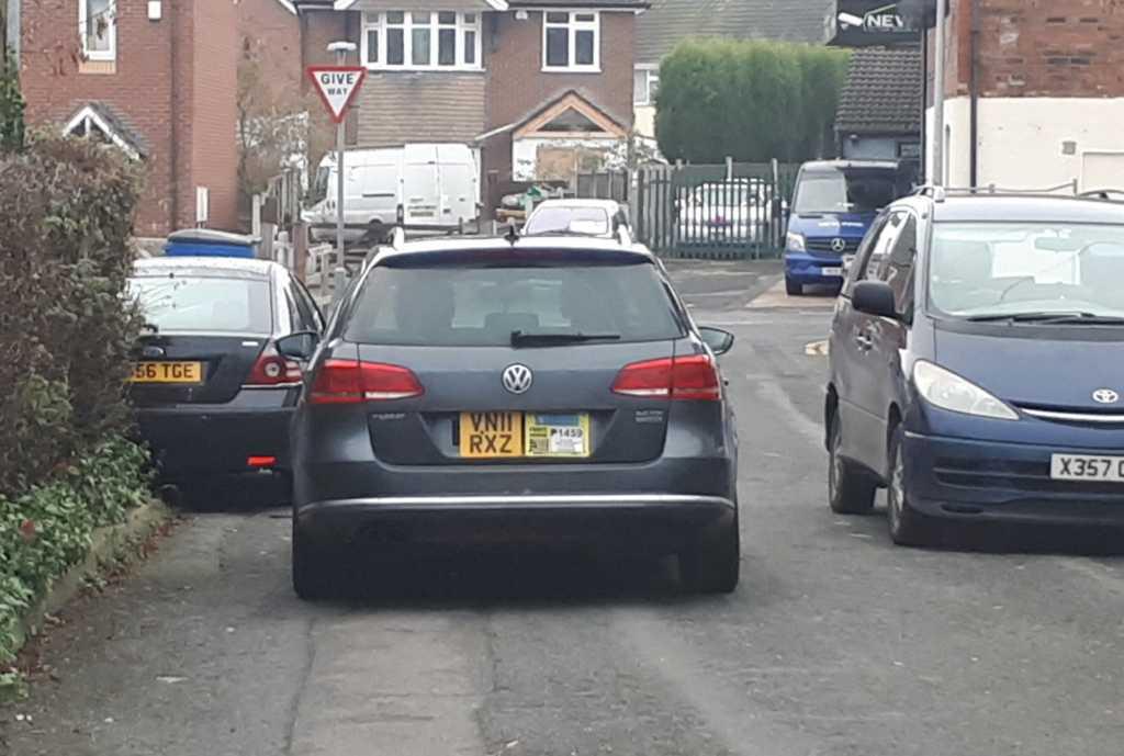 VN11 RXZ displaying Selfish Parking