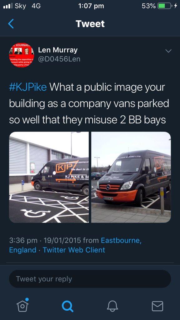 R222 MJP displaying crap parking