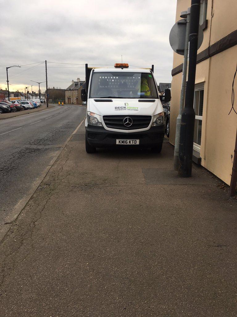 KM16 KTD displaying Selfish Parking