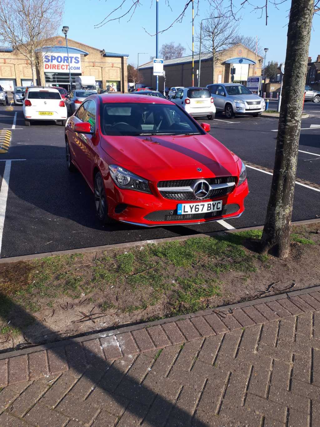 LY67 BYC displaying crap parking