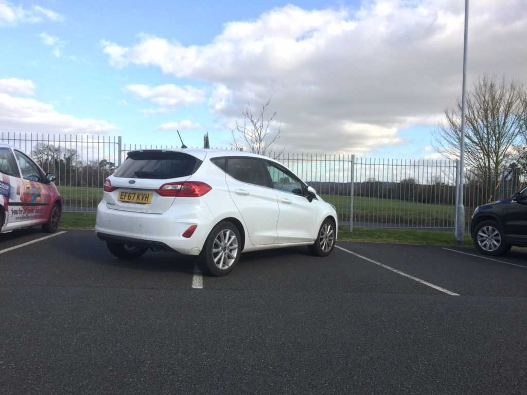 EF67 KVH displaying Inconsiderate Parking