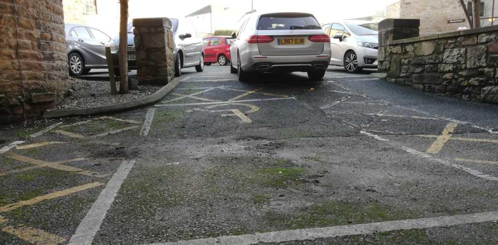 LB67 OJR displaying crap parking