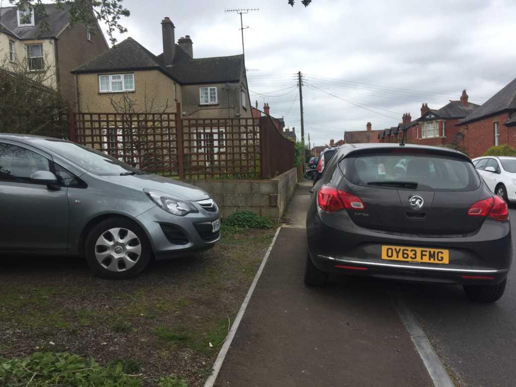OY63 FMG displaying crap parking