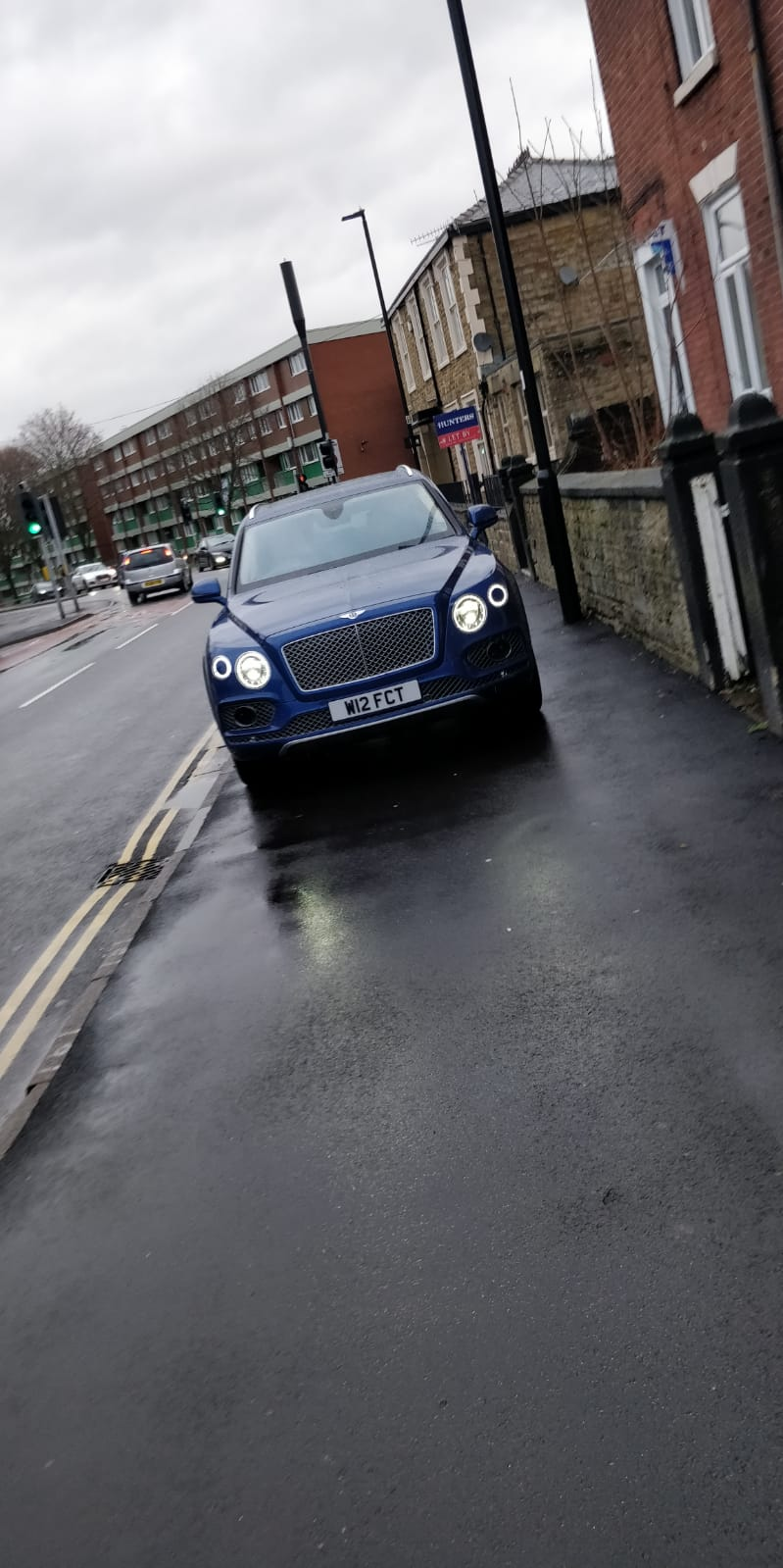 W12 FCT displaying crap parking