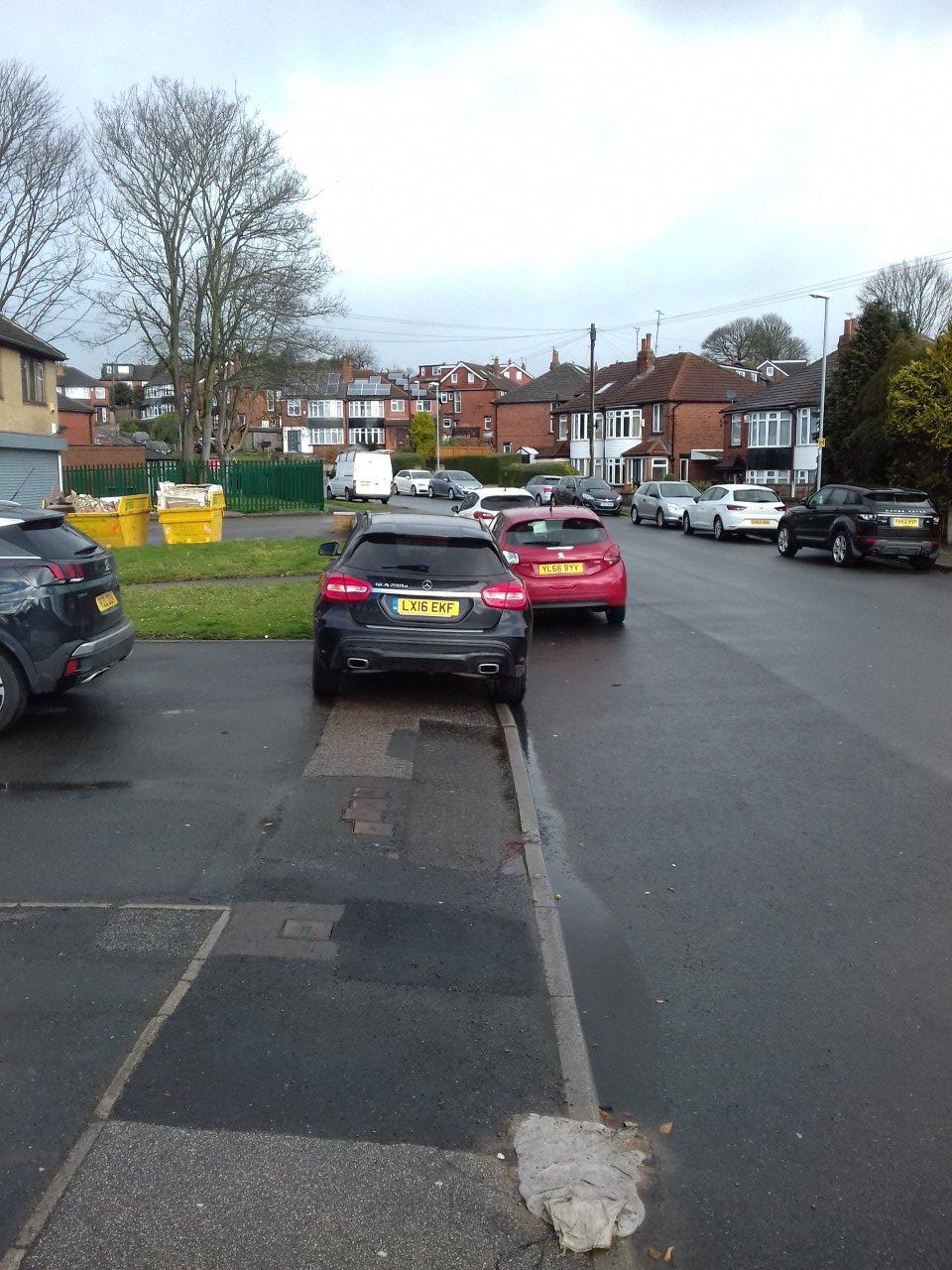 LX16 EKF displaying crap parking