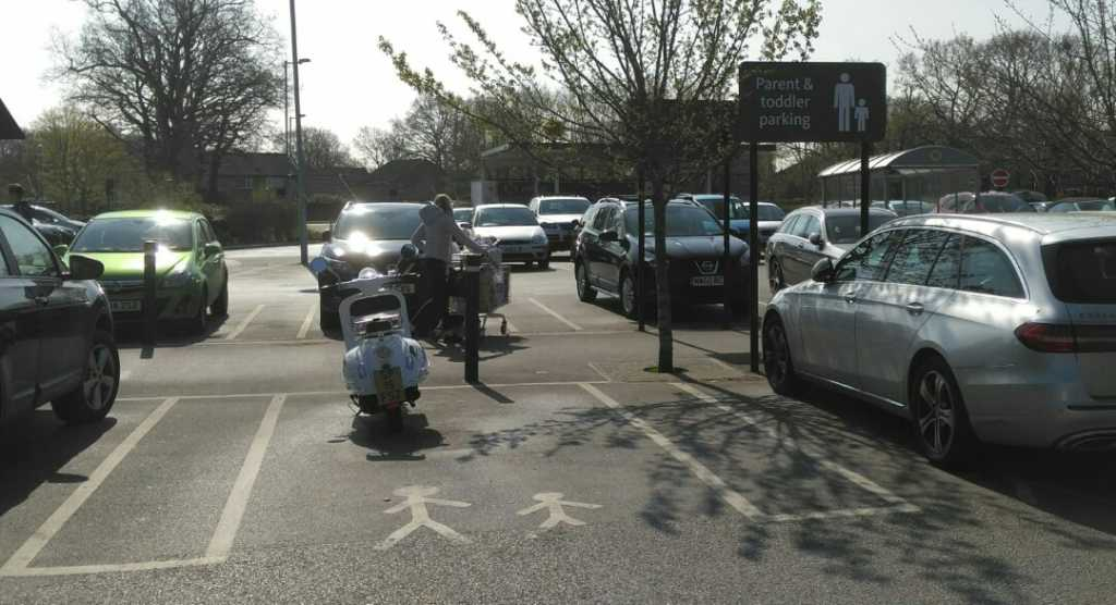 SP15 FSZ displaying Inconsiderate Parking