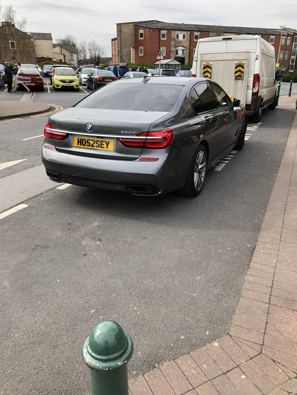 HO52 SEY displaying Selfish Parking