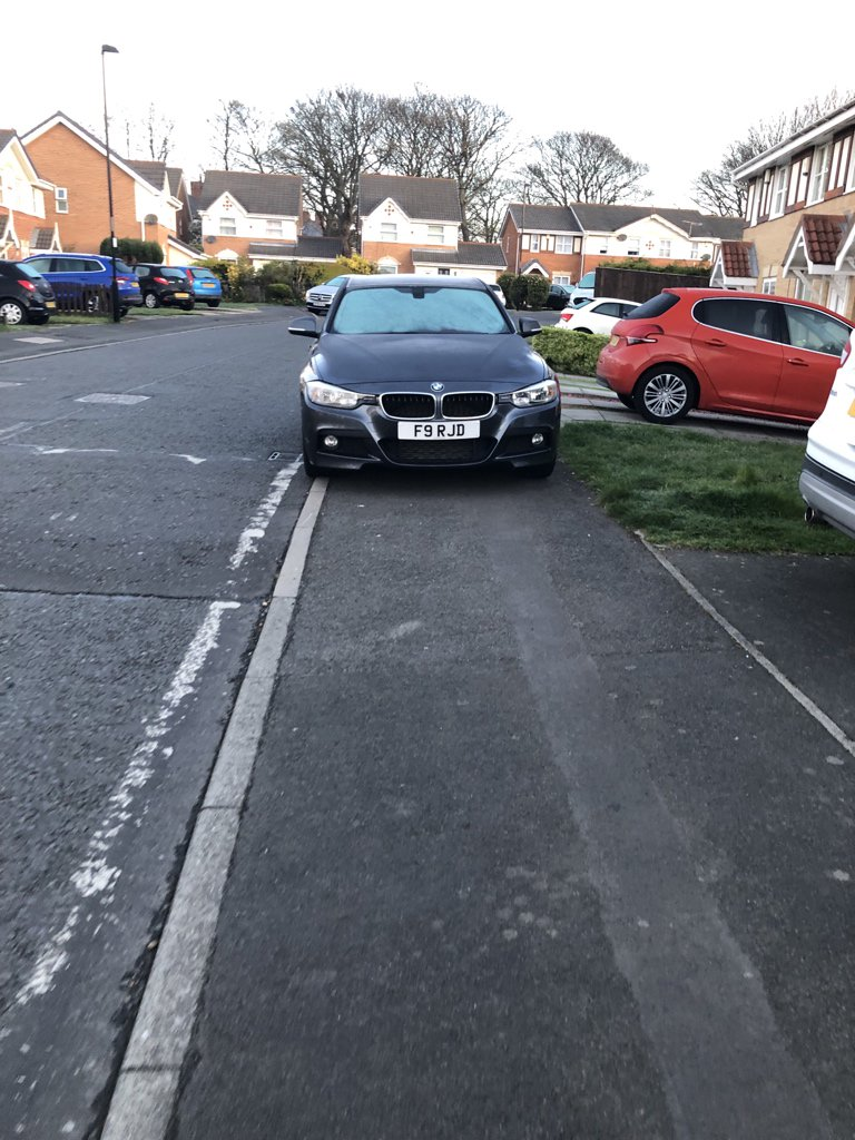 F9 RJD displaying Inconsiderate Parking