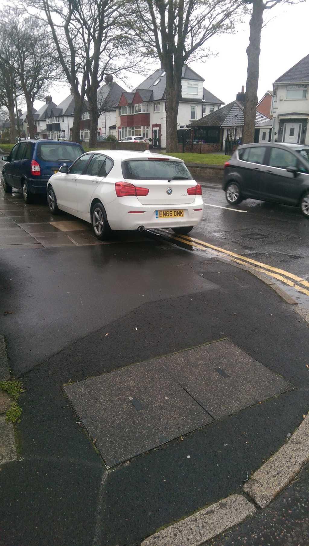EN66 ONK displaying crap parking