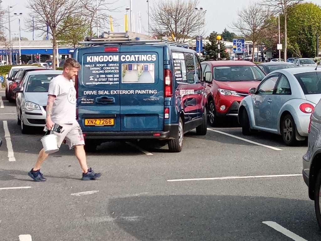 XNZ 7266 displaying Selfish Parking