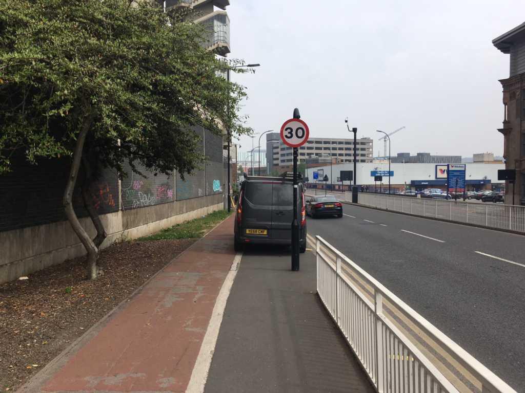 YE84 CWF displaying Inconsiderate Parking