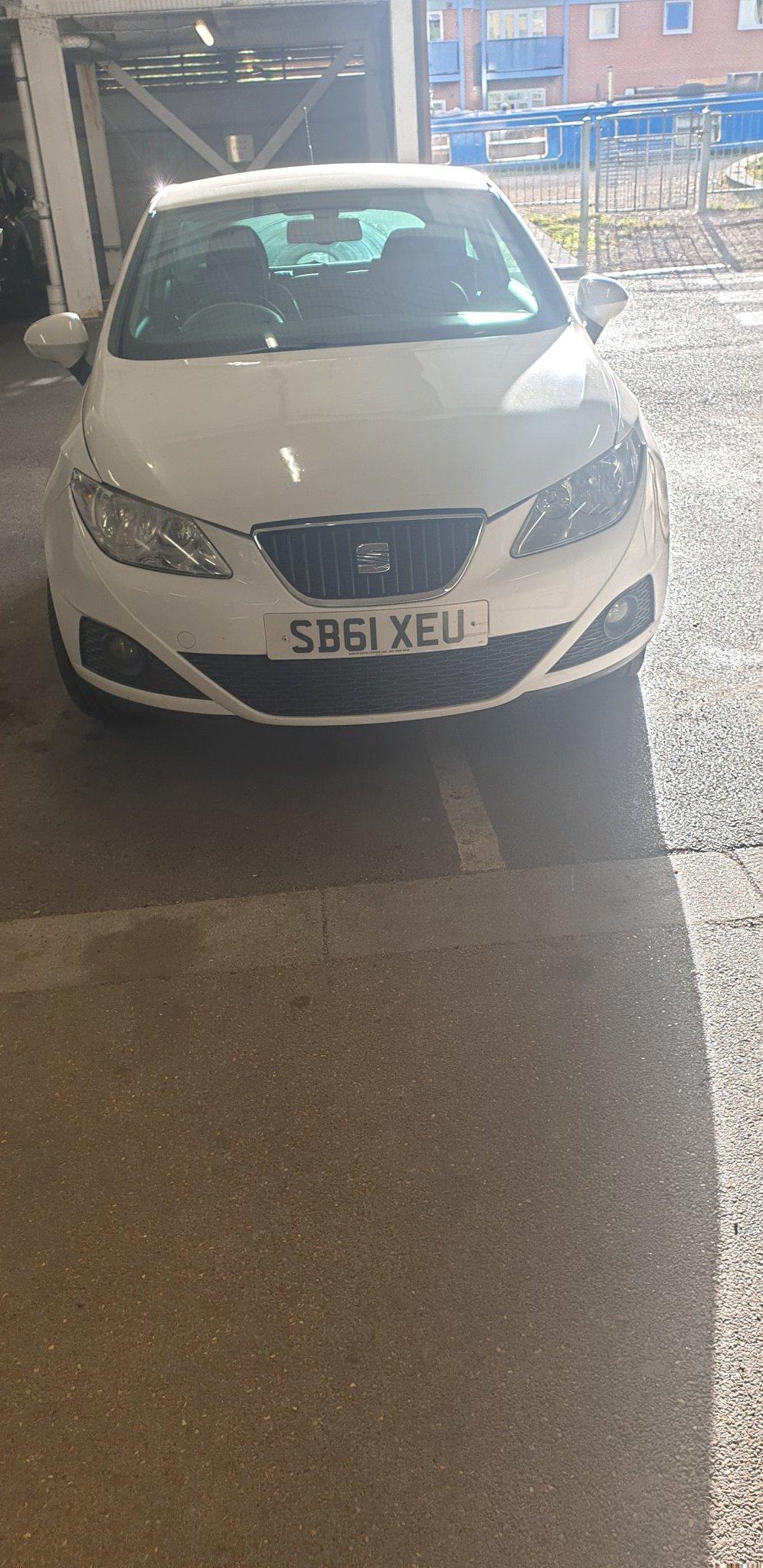 SB61 XEU displaying Selfish Parking