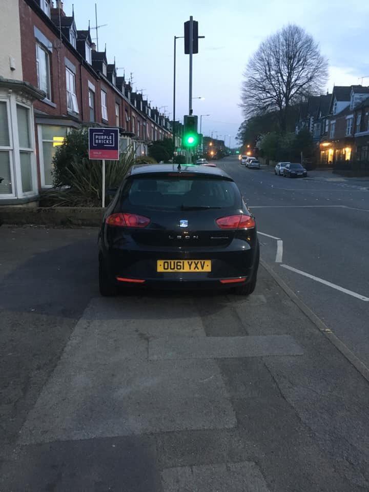 OU61 YXV is a crap parker