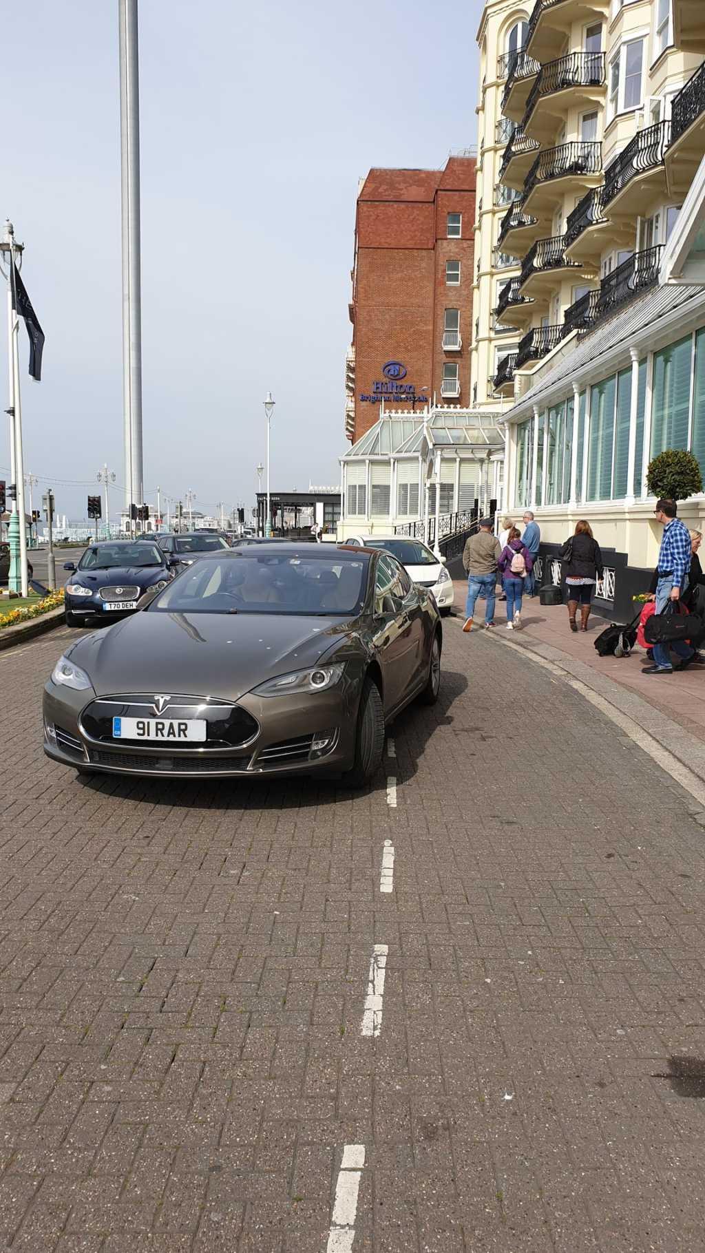91 RAR displaying Selfish Parking