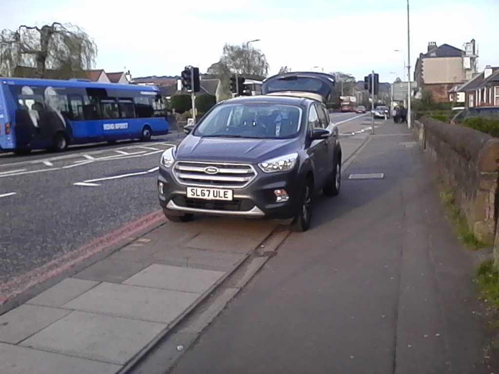 SL67 ULE displaying crap parking