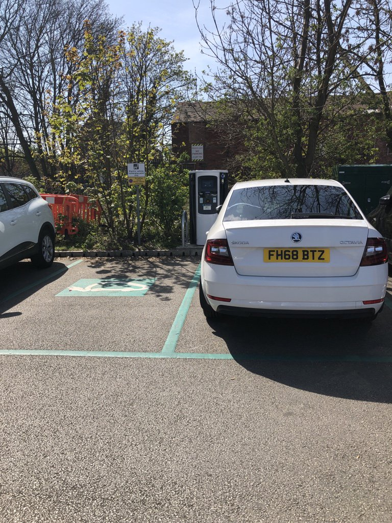 FH68 BTZ  is an Inconsiderate Parker