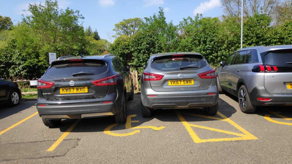 KW67 WXG & VK67 SWN is an Inconsiderate Parker