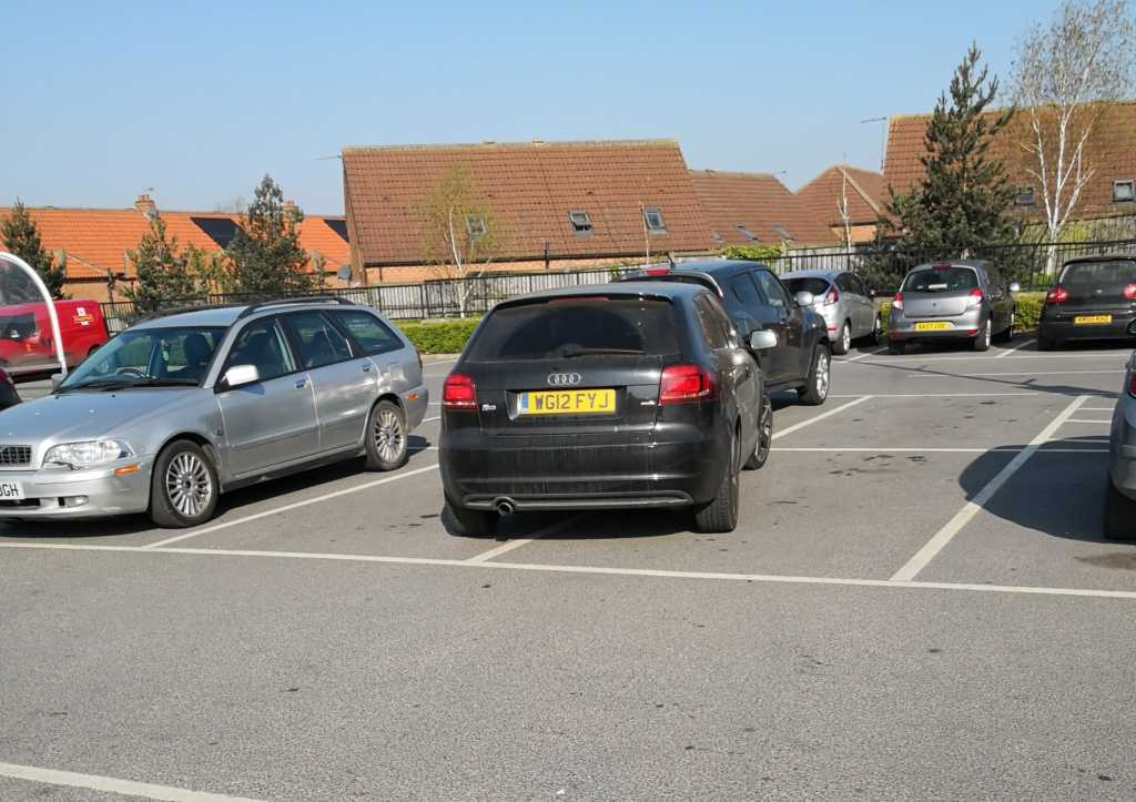 WG12 FYJ is an Inconsiderate Parker