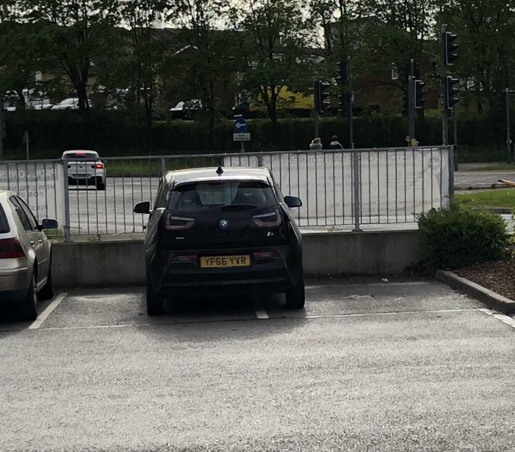 YF66 YVR displaying crap parking