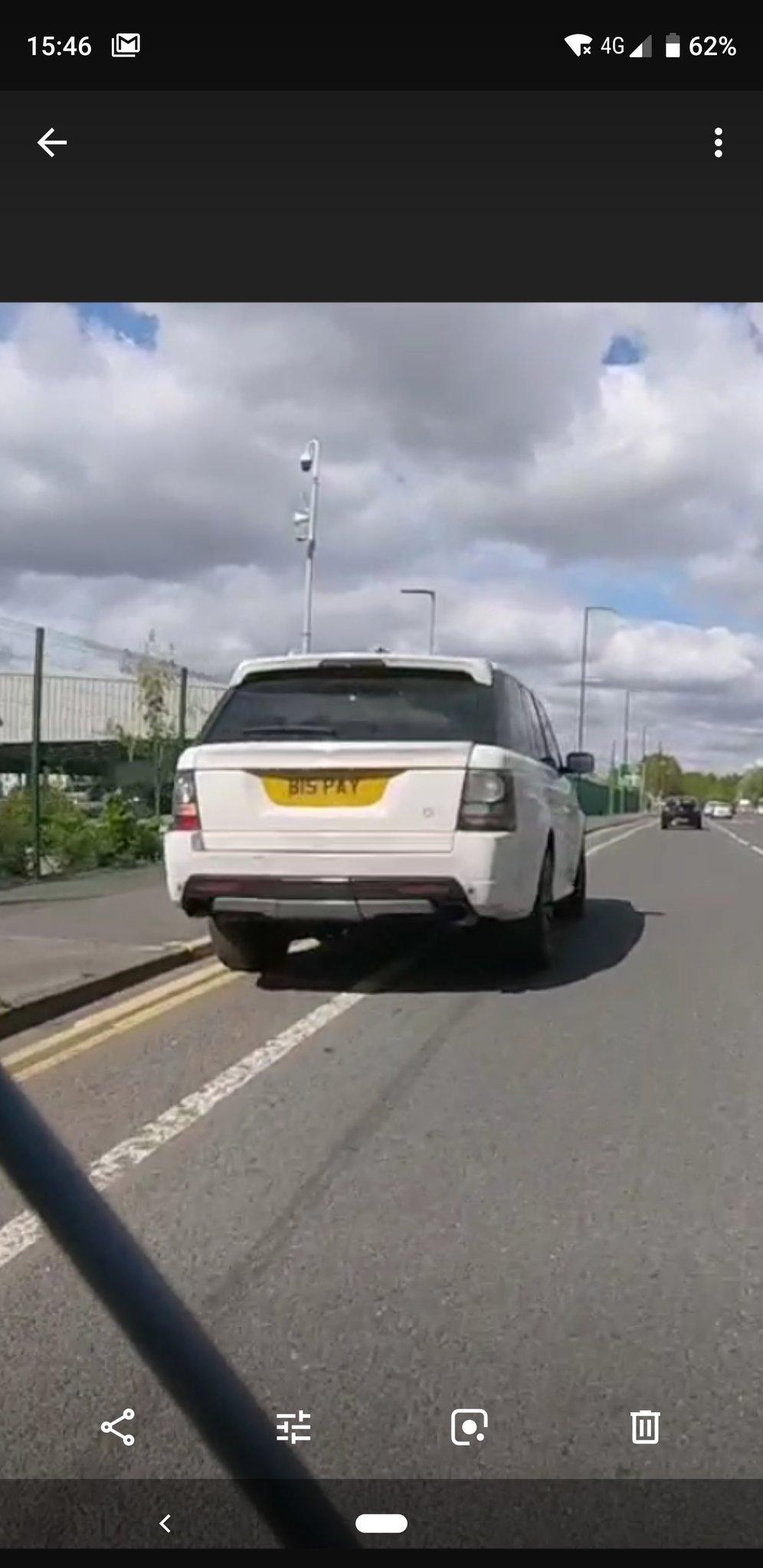 B15 PAY displaying Selfish Parking
