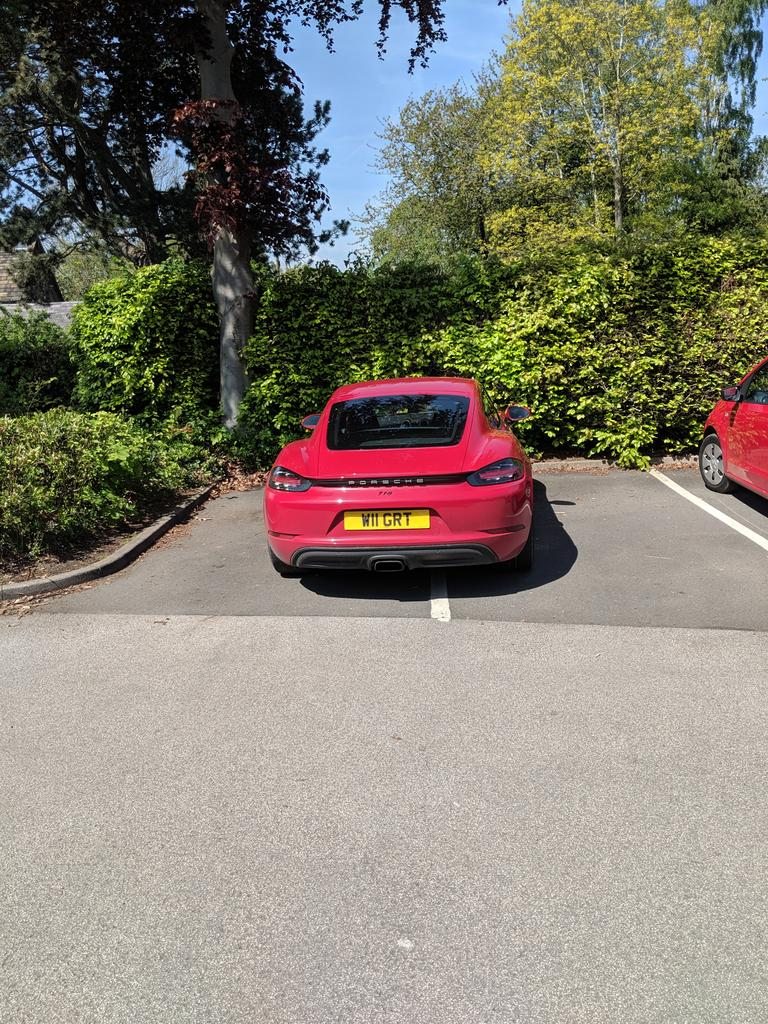 W11 GRT displaying Selfish Parking