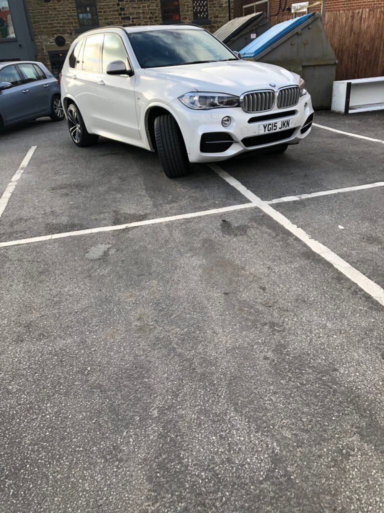 YG15 JKN is a crap parker