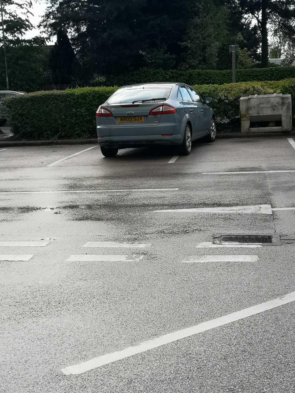 WR09 SJV displaying Inconsiderate Parking