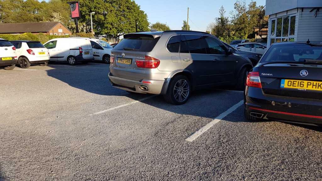 PK12 GNX displaying crap parking