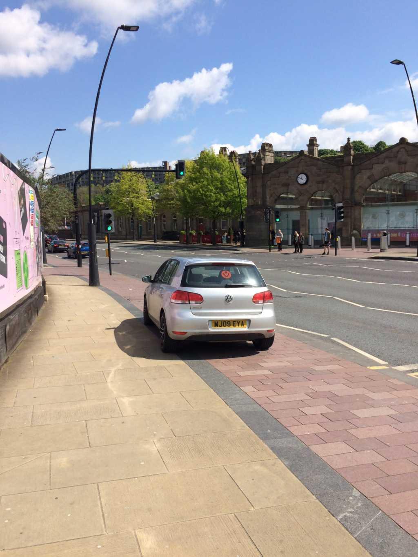 MJ09 EYA displaying Selfish Parking