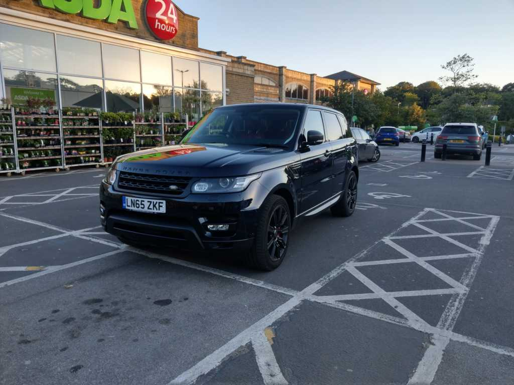 LN65 ZKF displaying Selfish Parking