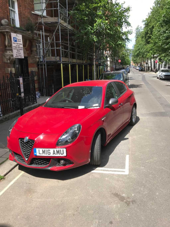 LM16 AMU displaying crap parking