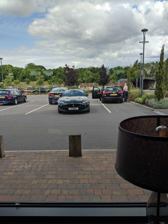 C8 WDS displaying crap parking