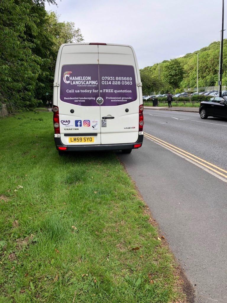 LM59 SYO displaying Selfish Parking