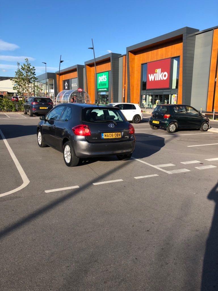 MA08 OBV displaying Selfish Parking