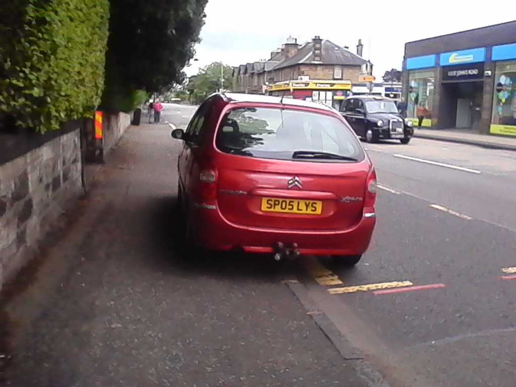 SP05 LYS displaying Inconsiderate Parking