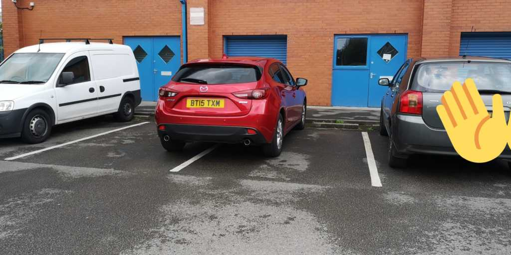BT15 TXM displaying Inconsiderate Parking