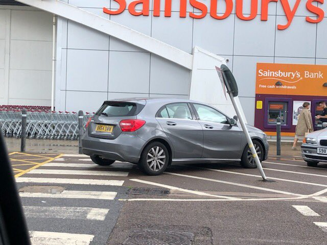 BK54 DVV displaying Inconsiderate Parking