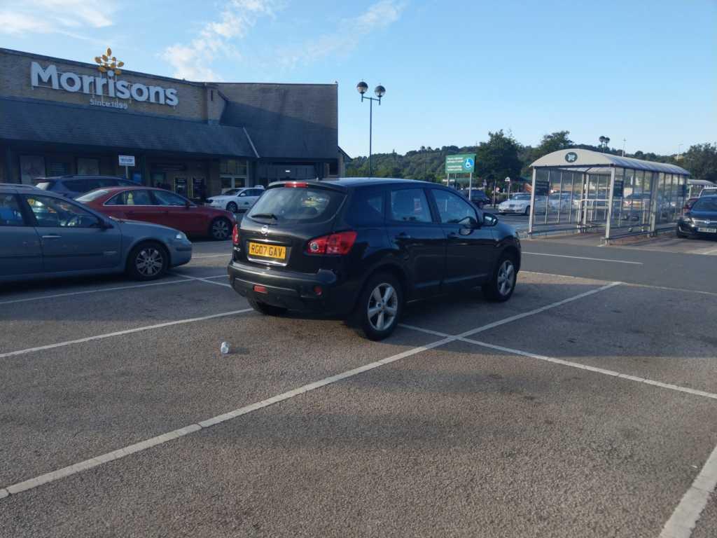 RG07 GAV displaying crap parking