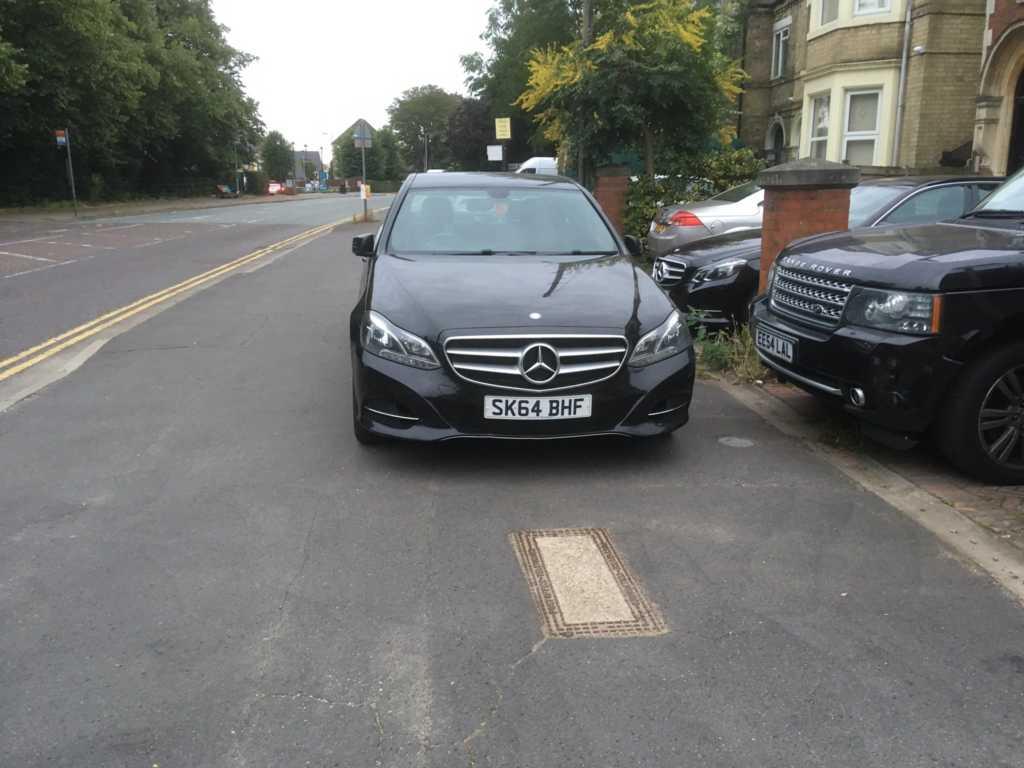 SK64 BHF displaying Selfish Parking