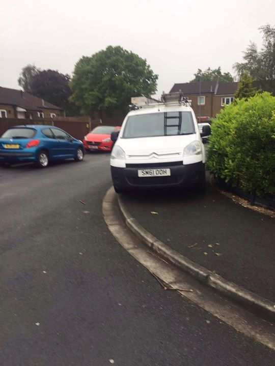 SM61 OOH displaying Inconsiderate Parking