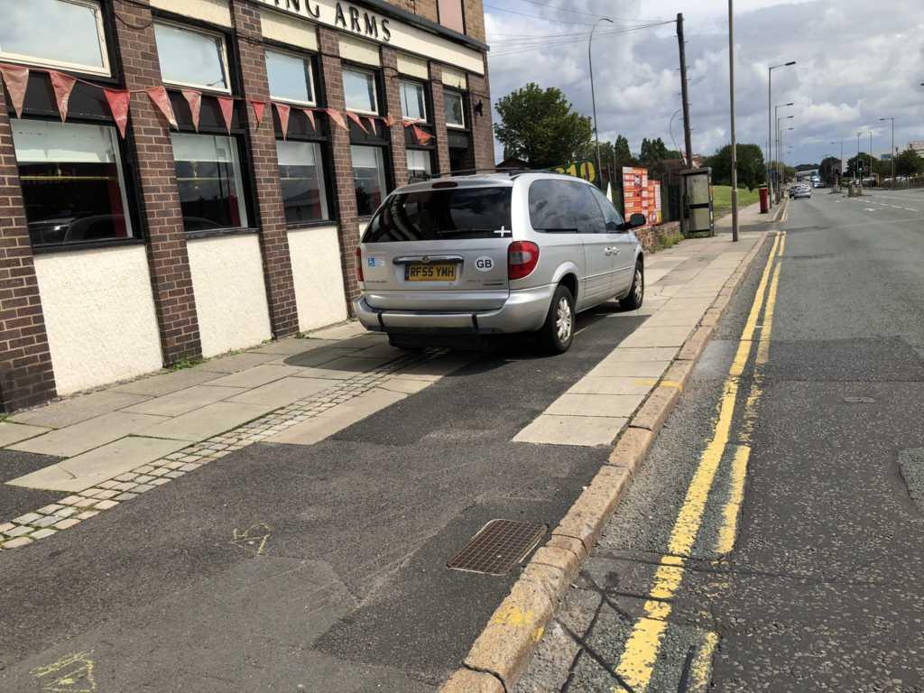 RF55 YMH displaying Selfish Parking