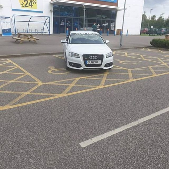 GL62 HFF displaying Inconsiderate Parking