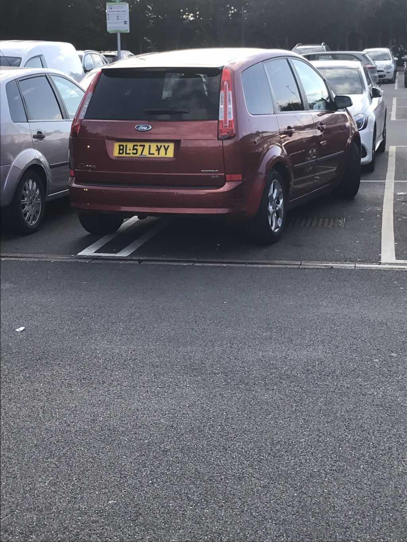 BL57 LYY is a crap parker